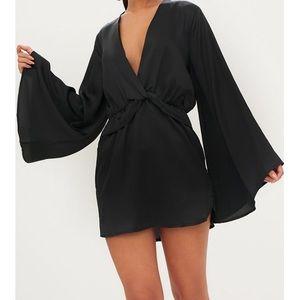 🌻 PrettyLittleThing Black Satin Kimono Dress